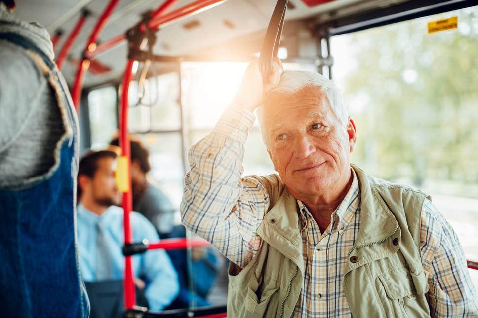 Urzeala tronurilor din autobuz