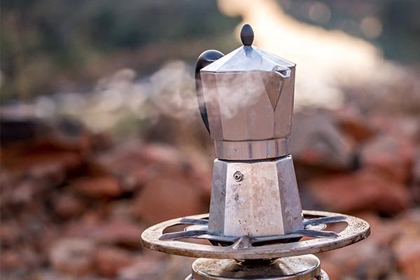 Coffee pot under pressure