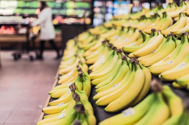 Cheapest High-Calorie Foods for Weight Gain: Bananas
