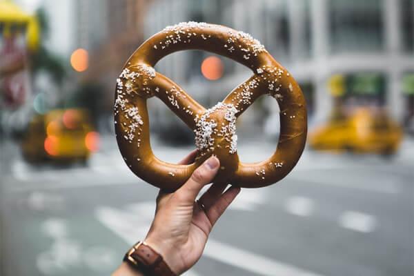 Easily digestible foods: pretzel in New York