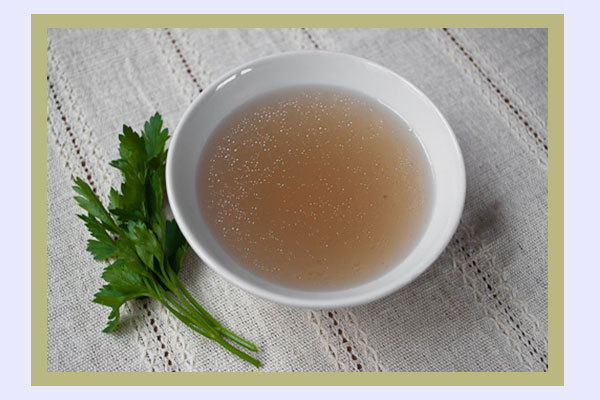 Beef broth - filling foods with low calorie density for weight loss