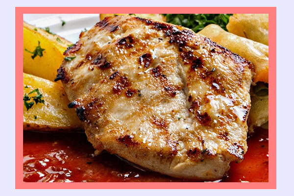 Roasted chicken breast - filling high-protein low-calorie foods for easy weight loss